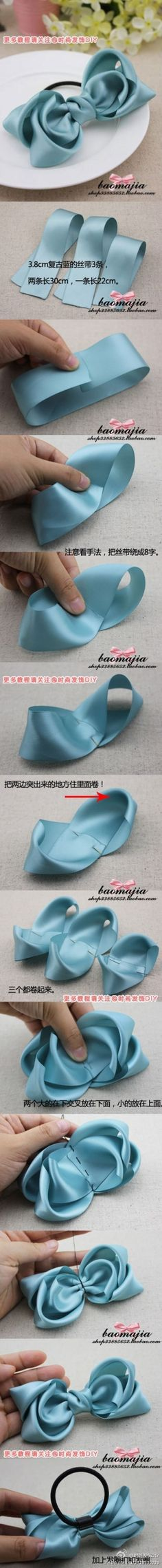 DIY bows - versatile DIY craft idea - visual step by step photos - in Asian writing but can be figured out because the excellent visual photos are enough. Cute for hair bows, on gift wrap, in floral crafts and for other crafts and gifts. Sewing Crafts, Sewing Projects, Diy Projects, Do It Yourself Fashion, Ribbon Bows, Ribbons, Diy Ribbon, Ribbon Flower, Fabric Ribbon