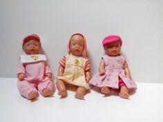 Ich verkaufe meine 3 mini Baby Born Puppen incl. Kleidung. Die 3 Puppen sind in einem guten, bespielten Zustand.Der Preis für eine Puppe beträgt 5€ VB. Alle 3 Puppen werden für 13€ VB verkauft.Wir sind ein tierfreier Nichtraucher Haushalt.