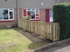 Edinburgh garden fence installed.