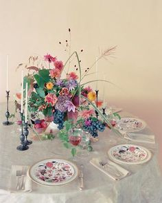 """Martha Stewart Weddings / Spring 2012  from """"Natural Beauties"""" the flowers in this issue are so sophisticated ..."""