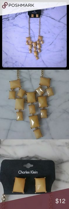 Statement necklace Light brown necklace on a gold chain Jewelry Necklaces