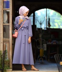 Pin by Zahra Mns on outfit, fashion hijab zahra - Hijab Hijab Outfit, Girl Hijab, Hijab Dress, Modest Dresses, Modest Outfits, Elegant Dresses, Dress Outfits, Elegant Outfit, Muslim Fashion