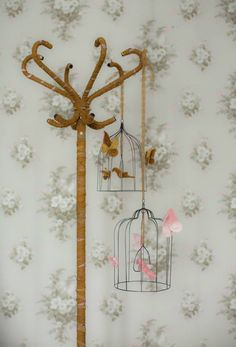 Numero74 new romantic birdcages, from which the hosts can be placed outside, give the room a special feeling of Bohemian spirit and bring nice messages  #bohemianmood #freesoul #kidsdecor #kidsroom #kidsroomdecor #girlroom #girlroomdecor #kidsinspo