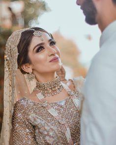 Asian Bridal Dresses, Asian Wedding Dress, Bridal Outfits, Wedding Dresses, Reception Dresses, Indian Dresses, Pakistani Bridal Hairstyles, Pakistani Bridal Wear, Indian Bridal