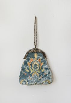 VINTAGE 1920S BLUE VELVET EMBROIDERED PURSE | Antoinette Tapestry Purse
