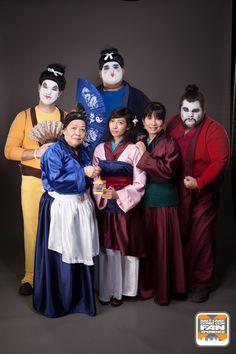 Yao, Ling, Chien-Po, Mulan, Grandma Fa, & Mom Fa. #uglyconcubines #mulancosplay #threegenerationscosplay #fanx16