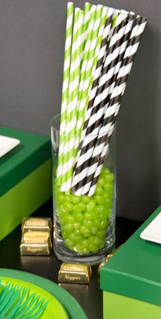 Colored straws and green candies for your #Minecraft table! #birthdayexpress