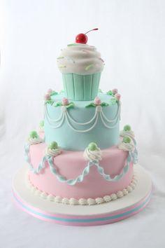 Celebration Cupcake Cake