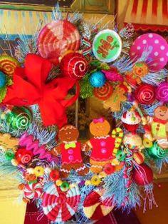 Christmas Wreath,gingerbread wreath,Christmas wreaths,door wreaths,wreath,gingerbread decor,door with wreath