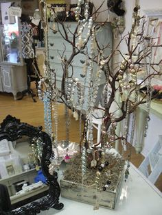Great Idea! from a boutique in OldTown Temecula: Vintage Begonia