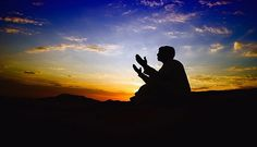 Tiga Doa Nabi Daud yang Penting Bagi Kehidupan  Nabi Daud merupakan salah satu yang diperintahkan untuk memperingatkan kaum Bani Israil agar kembali ke jalan Allah. Akan tetapi setiap tugas yang diemban tentu memiliki kesulitan tersendiri dan Nabi Daud juga mengalaminya.  Akan tetapi Allah SWT Maha Baik terhadap hamba-Nya. Untuk memudahkan dakwah yang dilakukan nabi Daud maka Allah memberikannya beberapa mukjizat kepada beliau. Di antaranya adalah memiliki suara yang merdu bisa melenturkan…