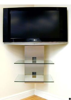 Chic and Modern TV wall mount ideas. - Since many people including your family enjoy watching TV, you need to consider the best place to install it. Here are 15 best TV wall mount ideas for any place including your living room. Coin Tv, Corner Tv Wall Mount, Corner Shelf, Swivel Tv Stand, Modern Tv Wall, Diy Home, Wall Mounted Tv, Living Room Tv, Entertainment Center