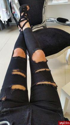 Spodnie z dziurami - 15 modnych fasonów - Strona 4