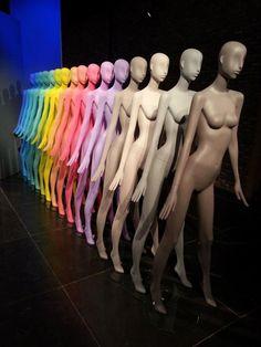 Colour blocked mannequins. #colourblock #mannequin #retail #display