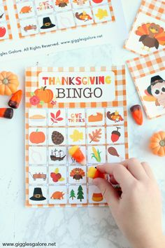 My kids LOVE this free printable Thanksgiving bingo! Such a great activity for class parties or for keeping the little ones busy while everyone preps food on Thanksgiving! Thanksgiving Activities For Kids, Thanksgiving Crafts For Kids, Thanksgiving Parties, Craft Activities For Kids, Preschool Crafts, Halloween Crafts, Holiday Crafts, Holiday Fun, Holiday Parties