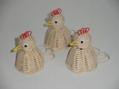 Price is for one piece. Straw Weaving, Paper Weaving, Weaving Art, Basket Weaving, Newspaper Basket, Newspaper Crafts, Sun Paper, Corn Husk Dolls, Recycled Magazines