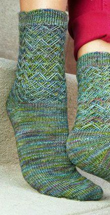 Sock Knitting: Shadow Wrap Short-Rows Tutorial #CraftMonth @Knitting Daily