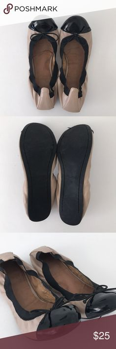 """Aldo Ballet flats ➖Details➖ Ballet flats  ➖To Buy➖ 👉🏼 Use """"Buy Now"""" or """"Add to Bundle"""" Button  🛍 Bundle Discount available 3+ Items   🚫 No Pay Pal  🚫 No Trades   ➖Connect With Me ➖ 📷  @ElisaCavaliere 🧘🏼♀️  @YogaWithElisa 💻  www.ElisaCavaliere.com Aldo Shoes Flats & Loafers"""