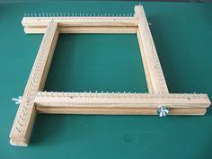 Link (in Spanish) for some loom-making ideas. Apúntate a Tejer: Yo, carpintera