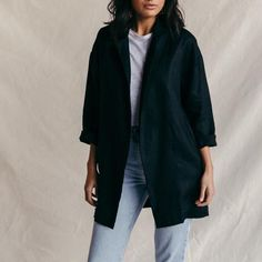 ST. AGNI Long Line Linen Blazer - Black