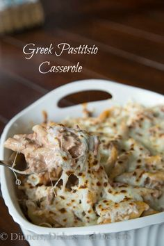 GREEK PASTITSIO CASSEROLE - not sure exactly what makes this Greek, but it would be fun to mess with it some