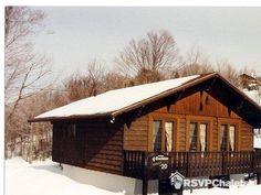 Chalet à louer : Chalets Chanteclair Villegiature - 2 Chambres Ste Agathe, Photos Hd, Places To Visit, Cabin, House Styles, Home Decor, Chalets, Bedrooms, Decoration Home