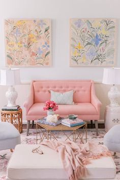 11 Sweet Modern and Simple Pink Living Room Design - The living room is indeed one of the places that are considered very important for our home. Chinoiserie, Living Room Designs, Living Room Decor, Bedroom Decor, Pastel Living Room, Pastel Room, Pastel Decor, Decor Room, Cozy Bedroom