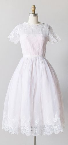vintage 1950s dress | Adored Vintage | #vintage #adoredvintage #1950s