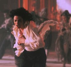 20 Off-The-Wall Things You Didn't Know About Michael Jackson Michael Jackson Ghosts, Michael Jackson Pics, Scary Ghost Pictures, Ghost Photos, Bad Michael, Indiana, Real Haunted Houses, Jackson Music, Paranormal Photos