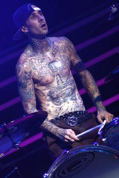 Travis Barker (Blink 182) live in Bologna