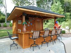 Love this poolside cabana! Out Door Entertainment...