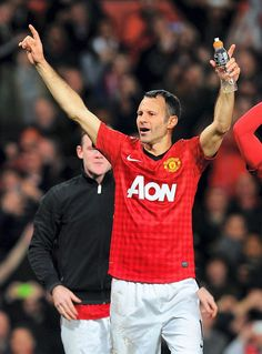 Ryan Giggs relishing South Wales derby spectacle in Premier League Derby, Van Persie, Sir Alex Ferguson, Play, South Wales, Football Team, Manchester United, Premier League, Champion