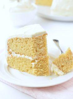 Diabetic Birthday Cakes, Keto Birthday Cake, Healthy Birthday, Sugar Free Vanilla Cake, Sugar Free Desserts, Low Carb Desserts, Healthy Desserts, Almond Flour Cakes, Almond Flour Recipes