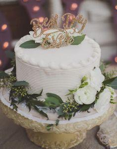 10 Einzigartige Hochzeitstorte Topper  - Einzigartige, Hochzeitstorte, Topper - Mode Kreativ - http://modekreativ.com/2016/10/24/10-einzigartige-hochzeitstorte-topper.html
