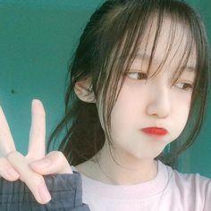 Pretty Girls, Cute Girls, I Love Pic, Korean Makeup Tutorials, China Girl, Poses, Kimchi, Kawaii Girl, Ulzzang Girl