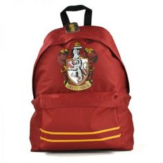 """Harry Potter - Gryffindor Crest Rucksack """"Five more points from Gryffindor for being an insufferable know-it-all."""" If you're courageous and audacious then perhaps Gryffindor is the Hogwarts house for you! Make your fellow classmates jealous with this w Harry Potter Rucksack, Mochila Harry Potter, Sac Harry Potter, Harry Potter Gryffindor, Harry Potter Canvas, First Harry Potter, Harry Potter Merchandise, Hades, Ravenclaw"""