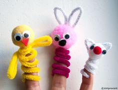 Fredagens børneprojekt #6 - Fingerdukker Crochet Necklace, Finger, Arts And Crafts, Barn, Christmas Ornaments, Holiday Decor, Home Decor, Google, Fingers