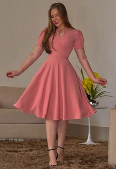 Simple Dresses, Elegant Dresses, Cute Dresses, Casual Dresses, Beautiful Dresses, Modest Outfits, Dress Outfits, Fashion Outfits, Nigerian Dress Styles
