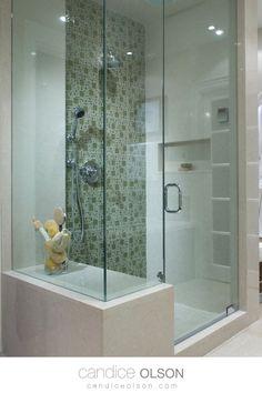 Glass Shower with Built In Bench Seat • Quartz and Glass Tile Shower • Green Tile Shower • #candiceolson #candiceolsondesign Built In Bench, Bench Seat, Glass Tile Shower, Candice Olson, Bathroom Spa, Master Bath, Creative Design, Bathtub, House