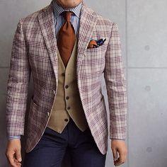 . 2017/06/08. . おはようございます✨. . 今日はこんな感じで✨. . . . Jacket #DePetrillo Gilet #LARDINI Tie #GIERRE Shirts #Beamsf Chief #STEFANOCAU Pants #GERMANO * * * #mensstyle #mensfashion #menswear #mnswr #wiwt #fashionable #me #photooftheday #picoftheday #instagood #instastyle #instafashion #IGfashion #instacool #coordinate #dapper #ootd #outfit #outfitpost #fashiongram #gentleman #fashionista #dandy #wearinglardini