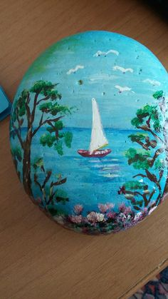 Easy Flower Painting, Seashell Painting, Rock Painting Ideas Easy, Pebble Painting, Pebble Art, Stone Painting, Painted Garden Rocks, Painted Rocks Craft, Hand Painted Rocks