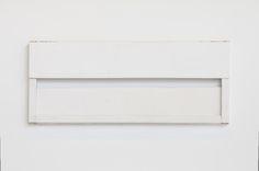 Fernanda Gomes - Exhibitions - Galeria Luisa Strina