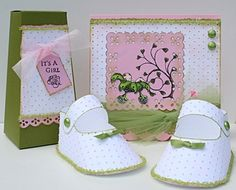 Cute Baby Shower Ideas with the little paper baby shoe favors I love!