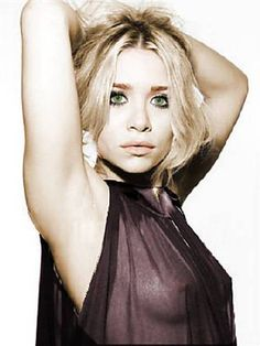 Julie Fortune's Blog: Mary-Kate Olsen See Thru Blouse!
