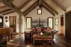 7-canapea living rustic interior casa mica din piatra