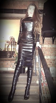 BootLadyWife deactivated — mmmm-corsets: I do love an all black leather. Leather Mini Dress, Black Leather Dresses, Leather Pants, Vinyl Dress, Leder Outfits, Mini Vestidos, Latex Dress, Dress With Boots, Leather Fashion