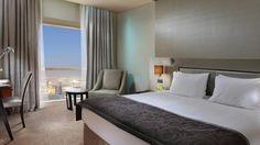 Hotel Millenium Plaza, Dubai, Emiratele Arabe Unite Dubai, Plaza, Curtains, Bed, Furniture, Home Decor, Greece, Blinds, Decoration Home