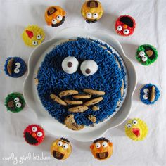 Curly Girl Kitchen: a Cookie Monster Cake and a Tutorial for Sesame Street Cupcakes
