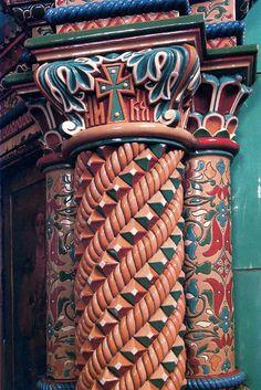 Column. Motifs de l'Architecture Russe