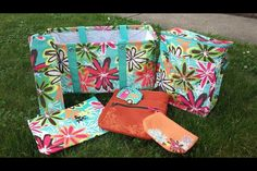 Thirty one turquoise, perfect for summer picnics https://www.mythirtyone.com/524694/